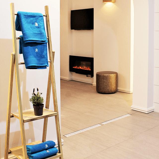 Luxe privé sauna, jacuzzi en zwembad