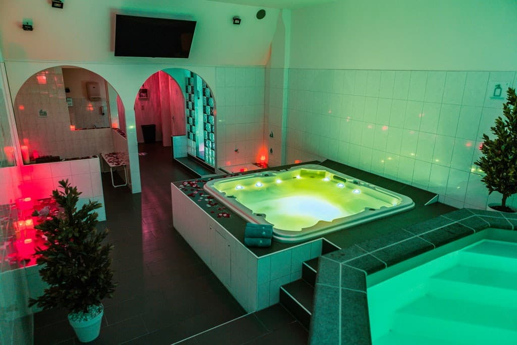 jacuzzi sauna prive relax center eemland