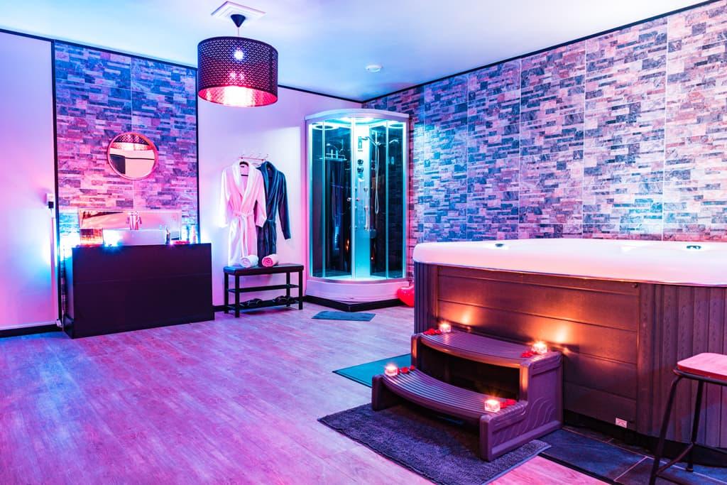 relax-center-zeist-prive-sauna-douchecabine-sauna-badjassen